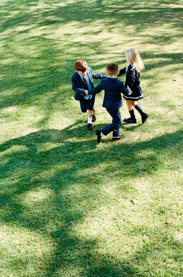 KIDS OCCASION WEAR〈トミー ヒルフィガー〉の新しいオケージョンウェア