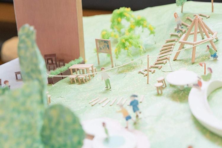 コドモ建築家25人と考えた公園模型