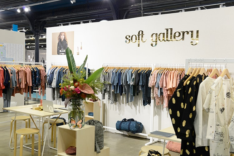〈soft gallery〉