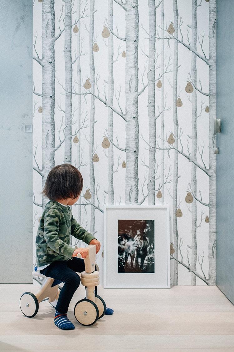 仕事場を遊び場に!イラストレーター遠山晃司さんのアートな空間づくり