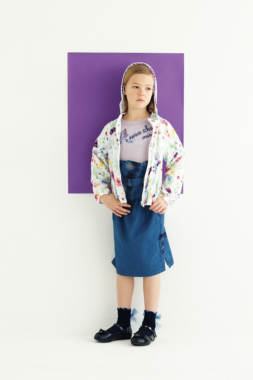 ブルゾン:¥17,064/Tシャツ:¥9,612/ビスチェ・スカートセット:¥14,904/ソックス:¥1,944/シューズ:¥14,040
