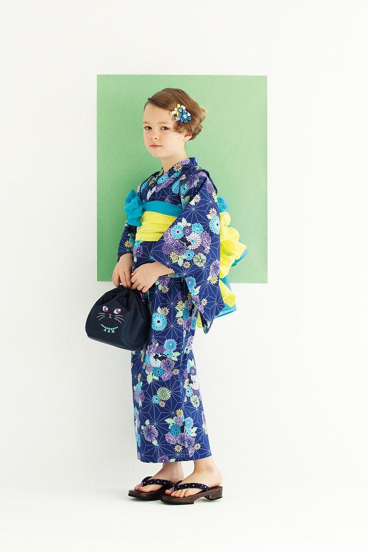 浴衣セット(セパレートタイプ):¥11,664/お花クリップ:各¥1,944/巾着(H20.2×W27.8×D10.9cm):¥4,212