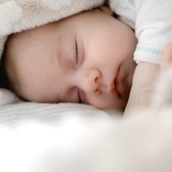 冬うまれ赤ちゃんの服装 選び方ガイド