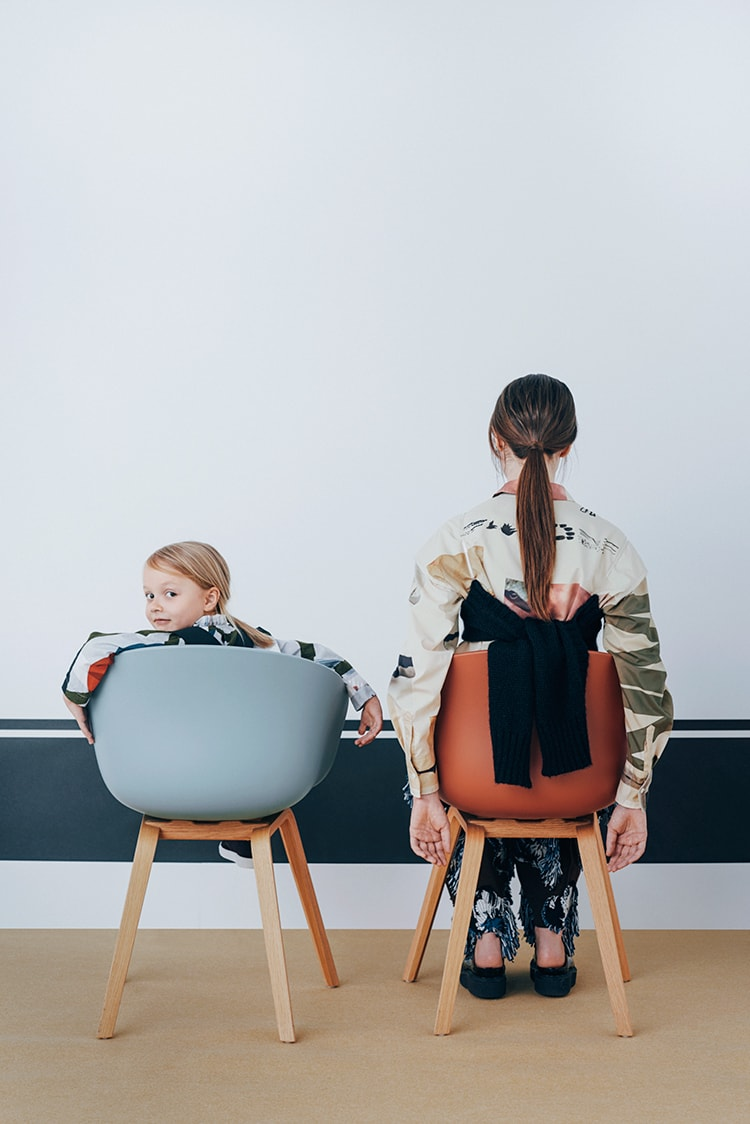 SAMPLE 10:</br>子どもとおとなのシックな柄物スタイル。