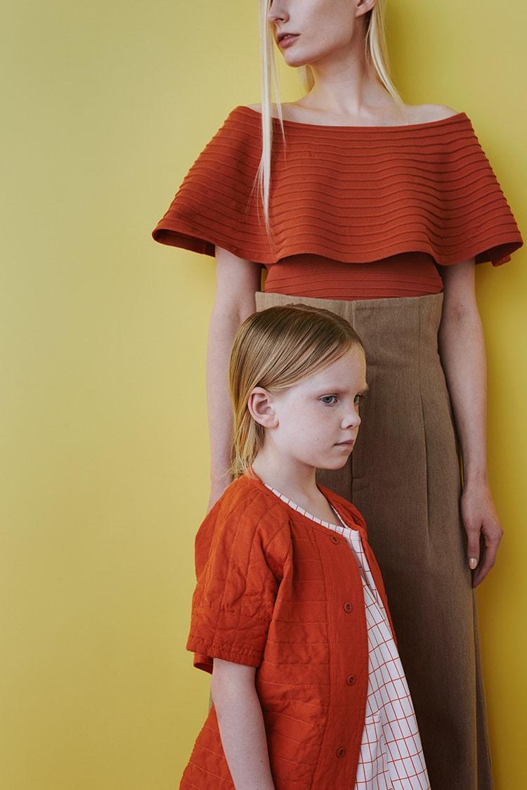 SAMPLE 06:</br>子どもとおとなのビタミンカラーの夏スタイル