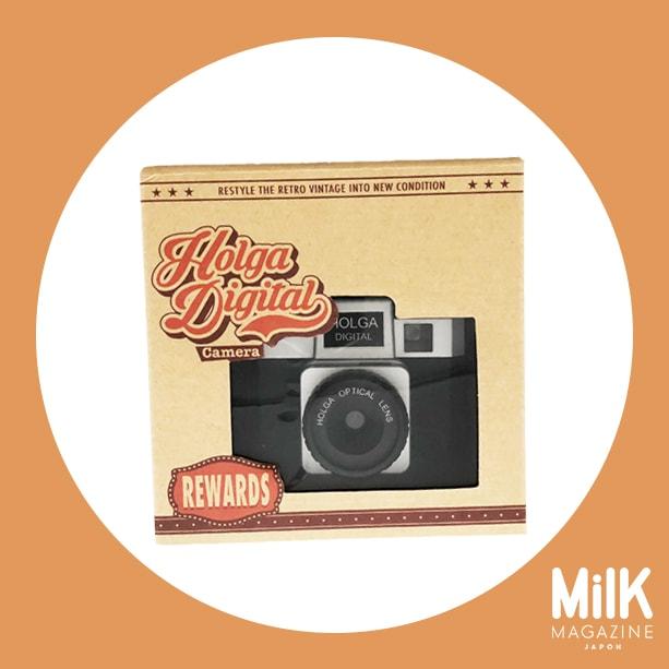 8月:〈ホルガデジタル〉のトイカメラ