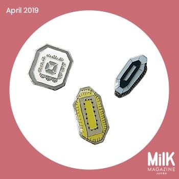 4月:〈ミナ ペルホネン〉のピンブローチ
