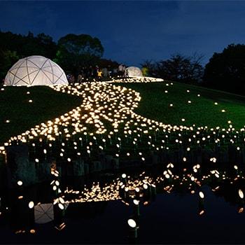キャンドルを使ったアートイベント「千里キャンドルロード2018」大阪・千里北公園で開催