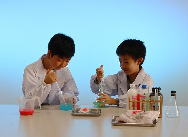 企画展「科学捜査の秘密 3」―見えない証拠を科学で解き明かせ― ワークショップ画像