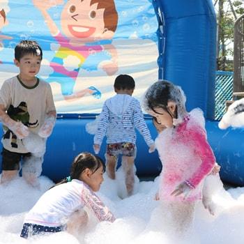 〈東京ドームシティ〉に期間限定の水遊び広場「わくわく!ウォーターガーデン」が登場