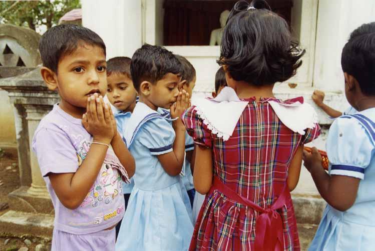 スリランカ:幼稚園で出会った子どもたち