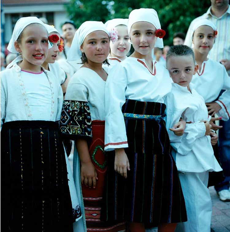マケドニア:世界最古の湖のほとり、オフリドで出会った子どもたち