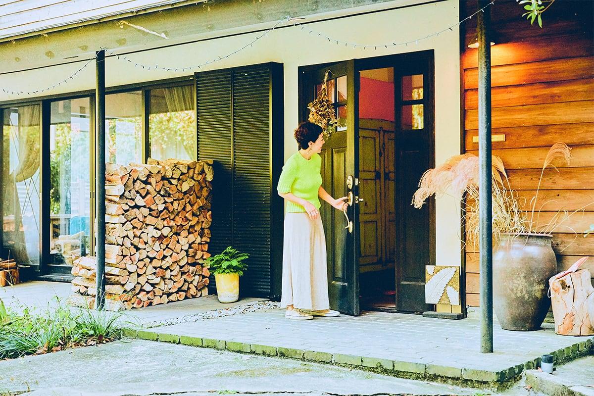人気ラジオパーソナリティが愛する湘南の家