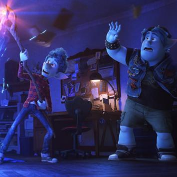 映画『2分の1の魔法』。魔法を手放した社会が、現代の家族のあり方を映し出す