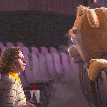 """映画『ブリグズビー・ベア』""""ライナスの毛布""""を奪わずに、あたたかく見守り、育むことの大切さ"""