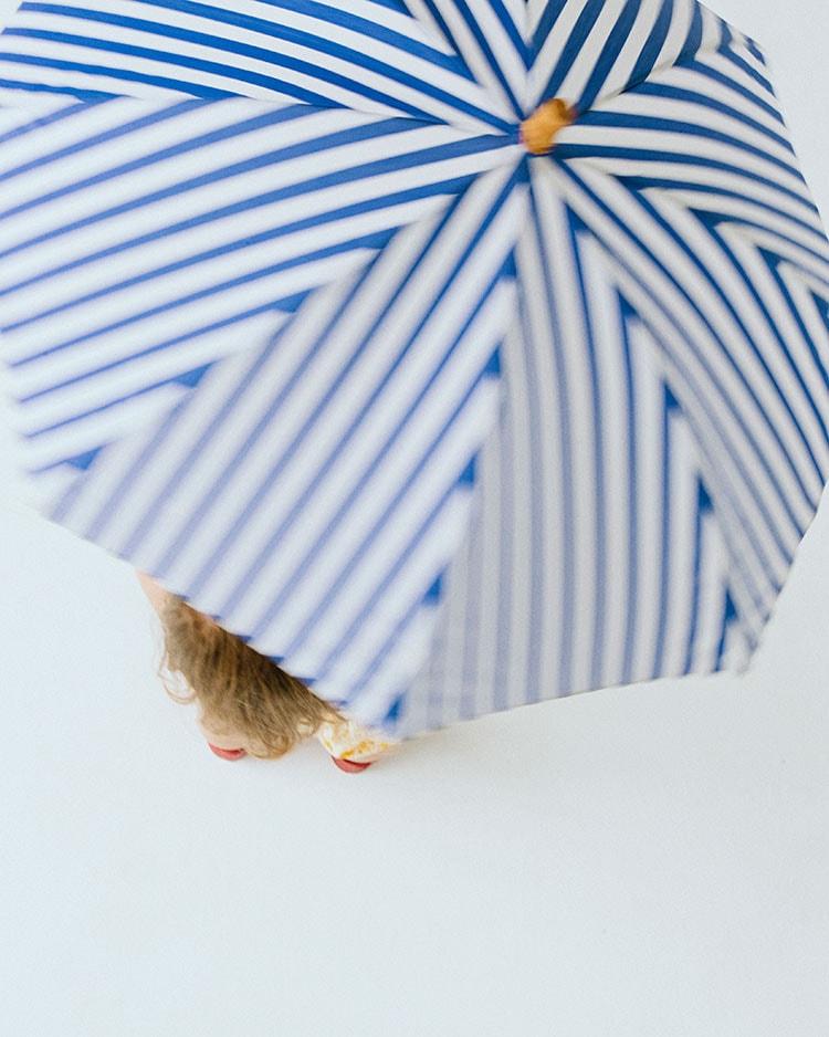 vol.02:雨の日が待ち遠しいレイングッズ特集差して華やか、ポップな傘コレクション
