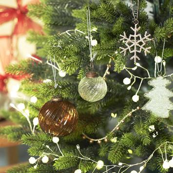 インテリアと合わない!を解決したい。我が家にマッチするツリーづくりに大切なこと|クリスマス直前準備