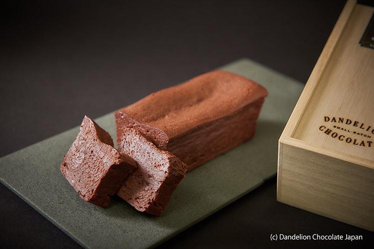 ビーントゥバーブームの火付け役〈ダンデライオン・チョコレート〉のガトーショコラ