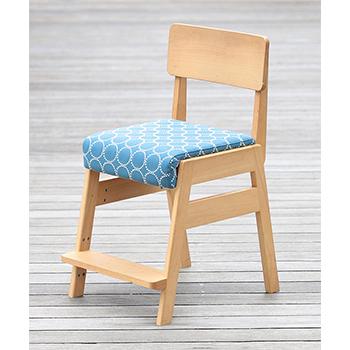 リビング学習にもピッタリなおしゃれ学習椅子