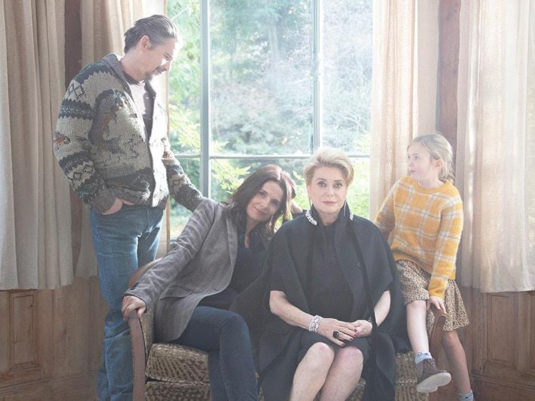 """映画『真実』。""""母""""に憧れた大女優の生き様から読み解く、親子関係の在り方"""