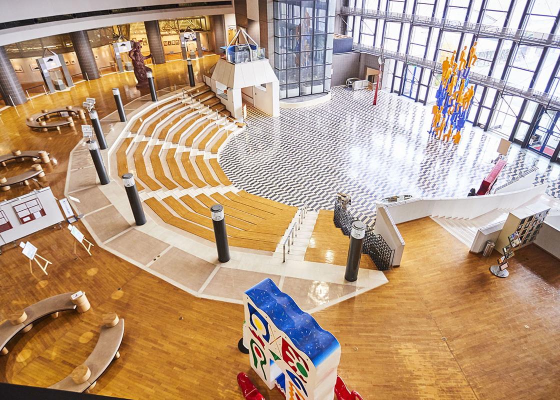 子育て支援の一環としてママ・パパが気軽に情報交換ができる場「ママカフェ」を開催「川崎市市民ミュージアム(神奈川)」
