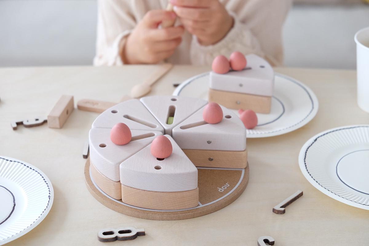 「dou?」から誕生日やクリスマスにピッタリな木のケーキ「make a wish」が発売
