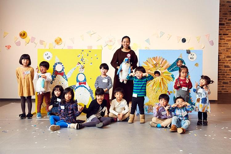 絵本『ぺんぎんたいそう』の齋藤 槙さんと一緒に、紙を切って、貼って、飾って。かわいい動物たちの顔ハメフォトスポットを作るワークショップをレポート!