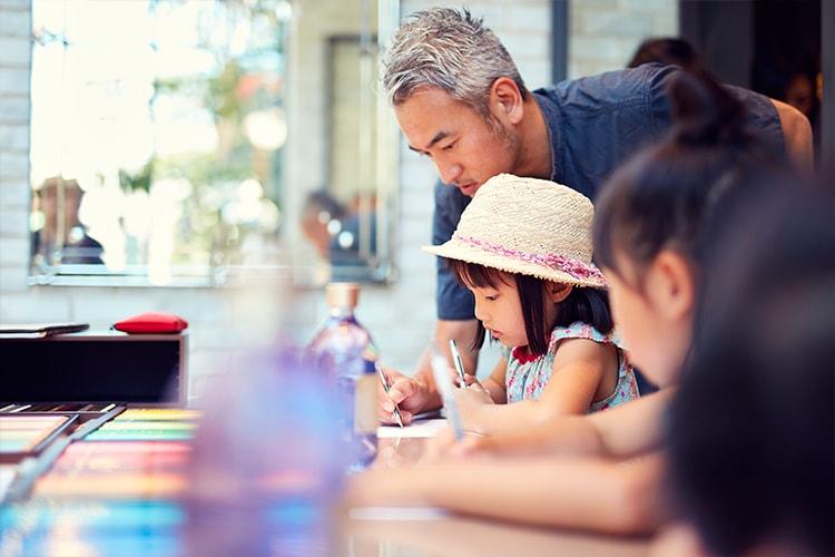 子どもたちがデザイナー!〈SABON〉×〈MilK JAPON〉イラストレーター遠山晃司さんとのデザインワークショップをレポート