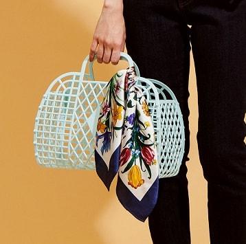 きれい色でスタート!ママとキッズの春ファッション9選