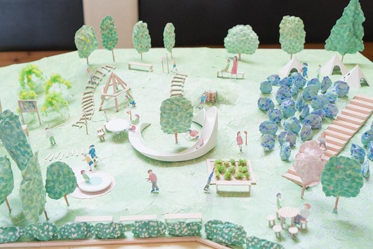 コドモ建築家25人と考えた公園計画の模型