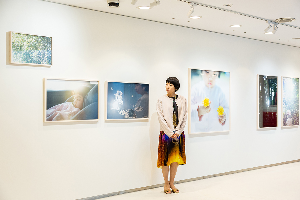 写真展『When I was seven.』川内倫子さんインタビュー。「子どもが気づかせてくれたこと」