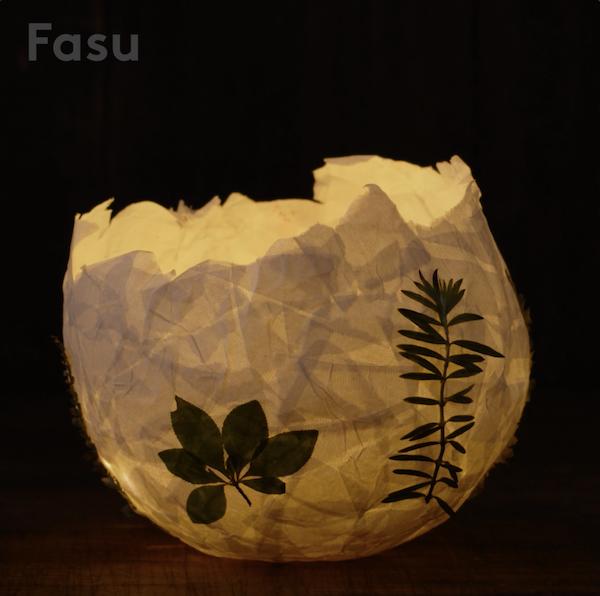 ちぎった半紙と好きな葉っぱを貼るだけ! 夏の夜を涼しく照らすグリーンランタン【Be Creative!】