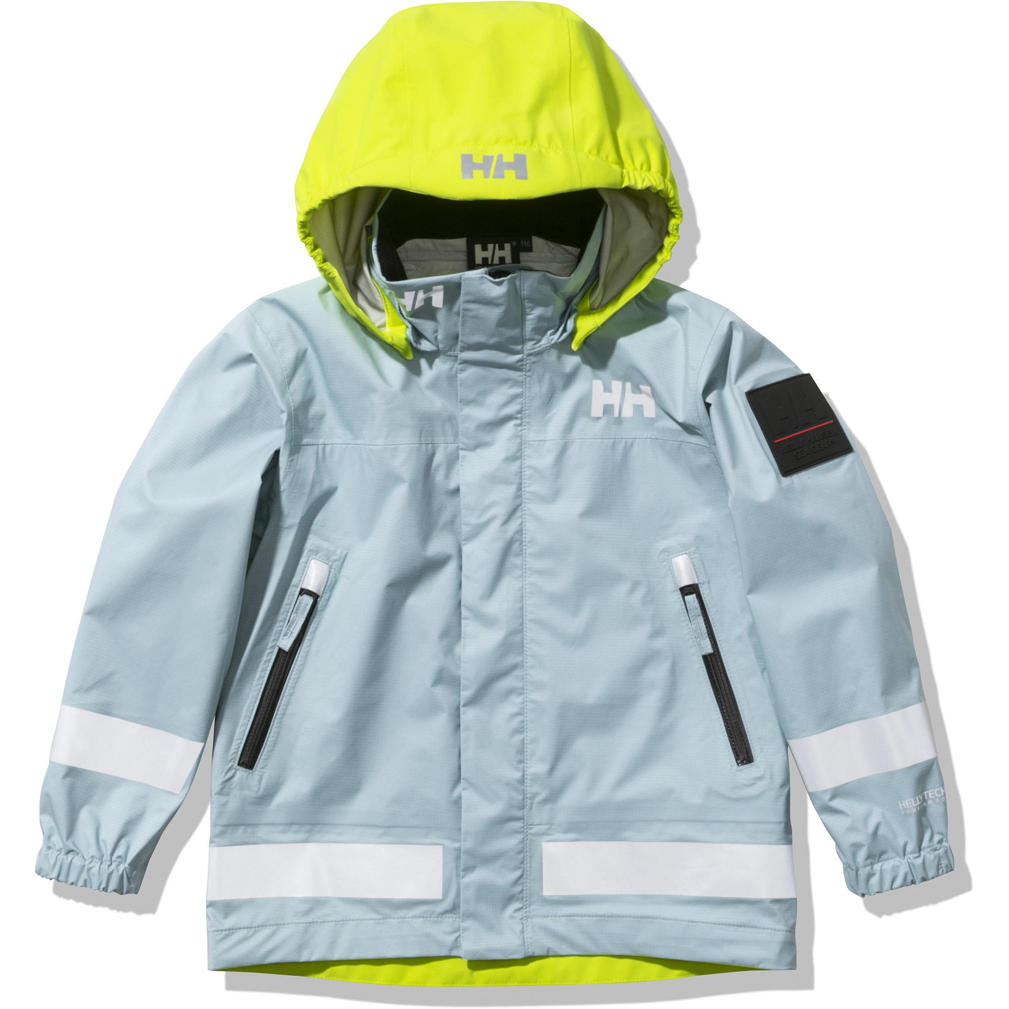 セーリングウェアを手がけるヘリーハンセンの定番ジャケット。防水性に優れていて、レインウェアとしても活躍。リフレクト素材を部分的に採用しているので視認性が高く、安全に着用できる。 ジャケット 16,500円(サイズ 110~150)