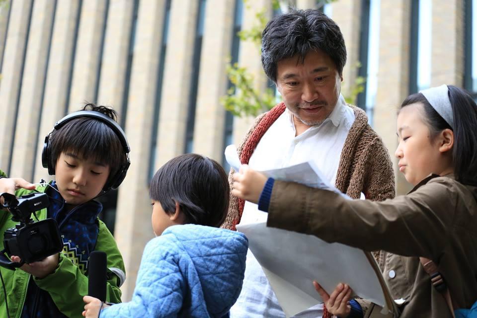 是枝裕和監督は「こども映画教室」の特別講師をこれまでに3度も引き受けている。