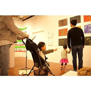 0歳~OK!子どもと楽しむ「アートフェア&3331とことこ探検ツアー」