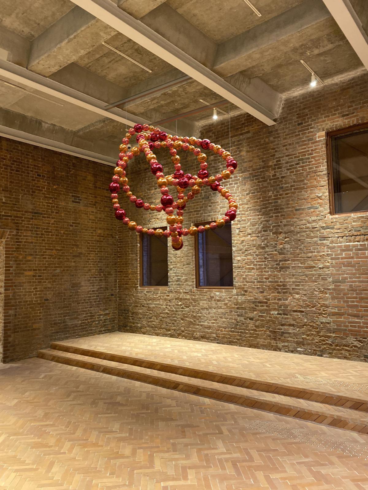ジャン=ミシェル・オトニエル《エデンの結び目》(Simulation from the artist studio) ©︎Othoniel Studio