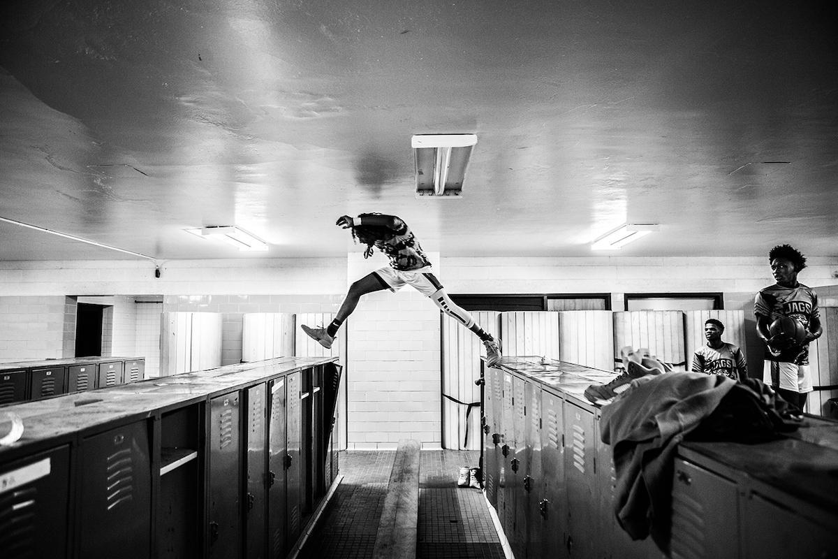 スポーツの部 組写真1位   世界報道写真ストーリー大賞ノミネート作品 クリス・ドノヴァン(カナダ) 踏み止まる者がチャンピオンになる