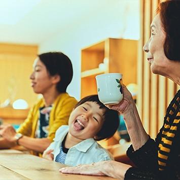 岩田ファミリーが思い描いた、親と子と孫3世代をつなぐ暮らし|HOUSE STORIES Vol.10