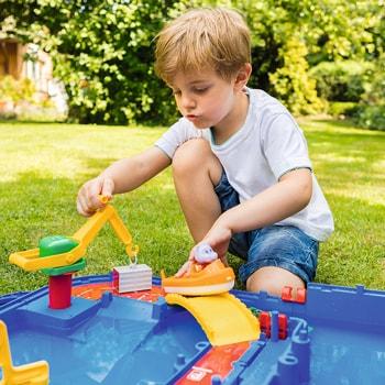 庭・ベランダ・プールで大活躍!水遊びおもちゃ9選