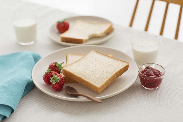 〈第一屋製パン〉 食事パンの新ブランド『emini』デビュー