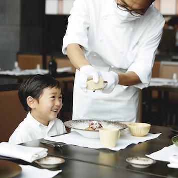 「アマン東京」の春休み限定プラン。大人はのんびり、子どもはアクティビティを満喫