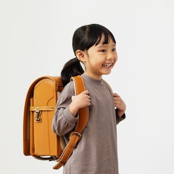 時間を気にせず自宅でランドセル選び。土屋鞄が「レンタルランドセル」をスタート!