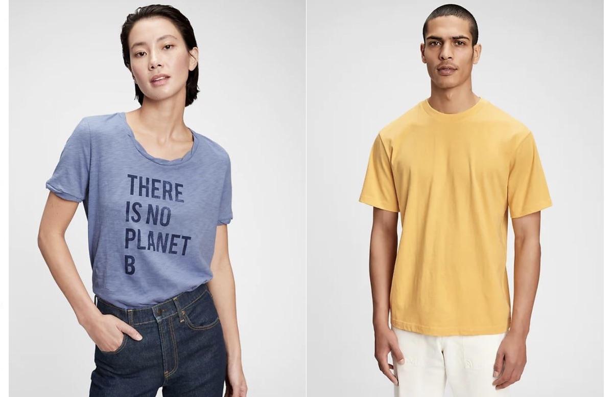 (左)オーガニックコットングラフィックTシャツ ¥1,990 (右)オーガニックコットンTシャツ ¥1,490