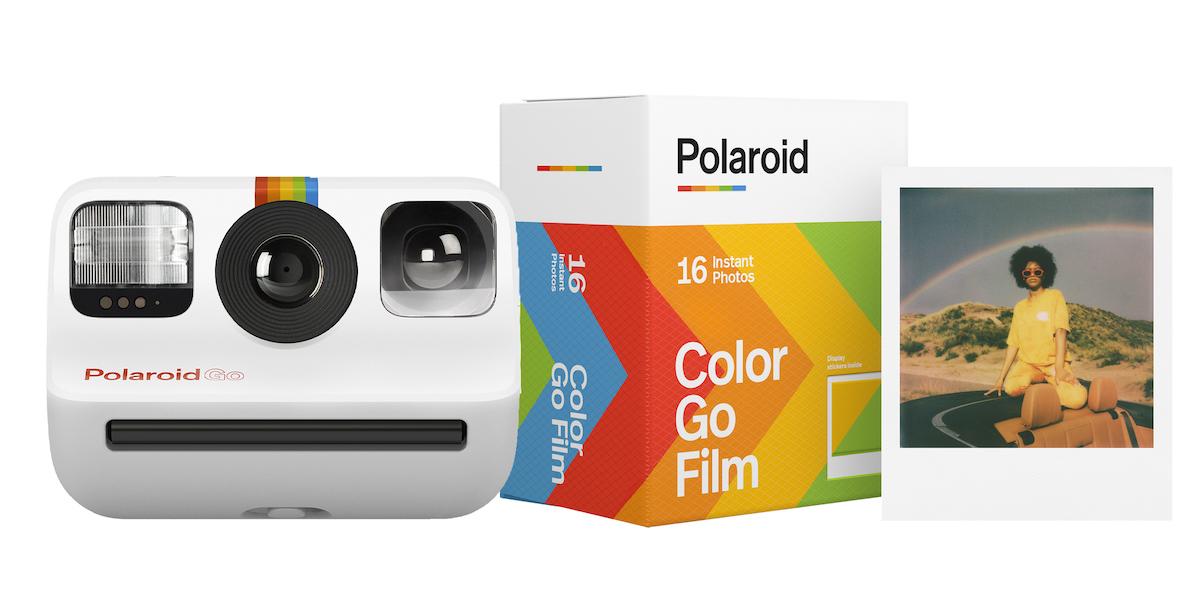 Polaroid Go ホワイト ¥15,501(フィルム別売り)、Polaroid Go カラーフィルム ダブルパック(8枚入り×2セット) ¥2,501(2021年6月上旬よりMoMA Design Storeにて先行発売)
