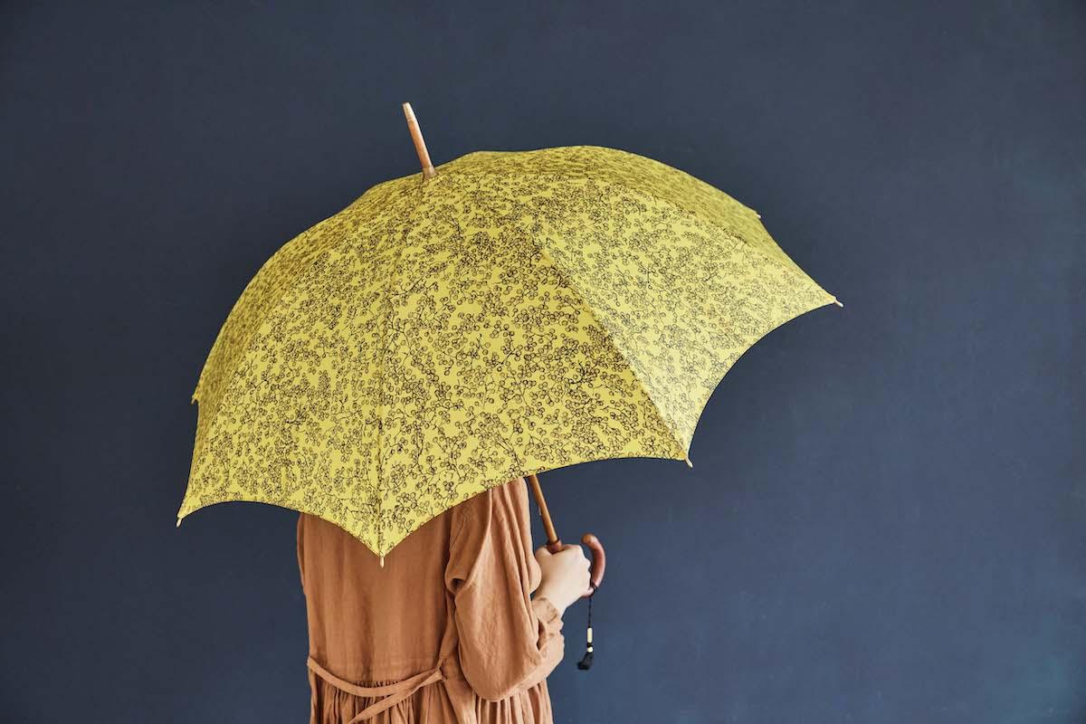 雨傘、日傘、晴雨兼用傘は¥31,900~。