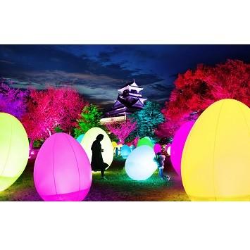 〈チームラボ〉が手掛ける「チームラボ 高知城 光の祭」が今年も開催!