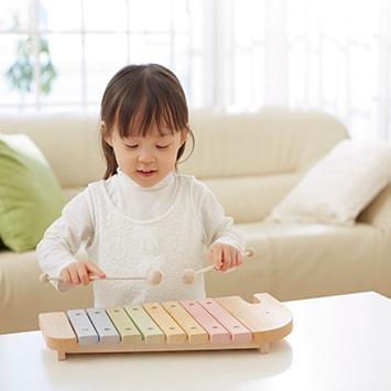 子どもの感性を育むおしゃれ知育玩具〈奏でる編〉おすすめ5選