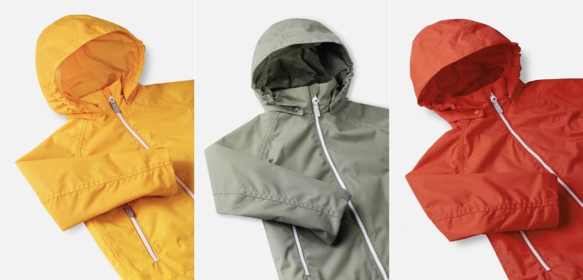 ユニセックスなデザインで明るいカラーが揃う「ソウトゥ」。肌寒い季節にはジャケットして使っても。